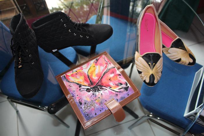Sepatu_Shoes_Lukis_Tulis_Gambar_Flats_Wedges_Heels_Tas_Clutch_Boots_Casual_Formal_Pesta_Custom_Pesan_Handmade_Eksklusif_Nyaman_Unik_Elegant_Wanita_Perempuan_Cewek_Slight_089624618831 (23)