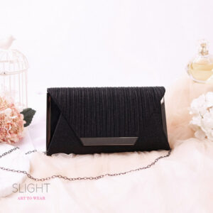 Clutch Square Hitam