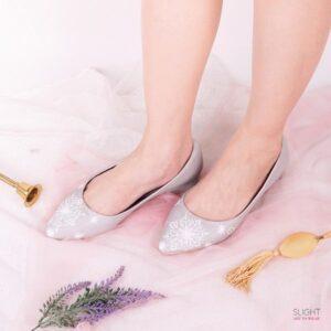 Sepatu Flats Lukis Frosty Silver
