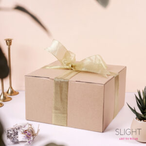 Packaging Hadiah Hampers Gift Box Sedang